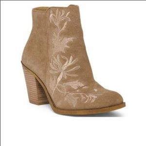 Lucky Brand Eleanor Floral Camel Ankle Boo…